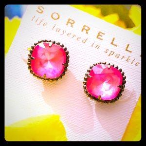 Sorrelli Pink sparkle earrings. NWT